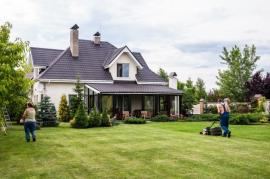 Awesome Tips to Keep Your Lawn in Finchley in Shape