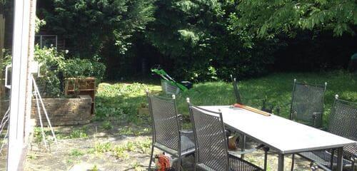 UB8 maintaining lawns Uxbridge